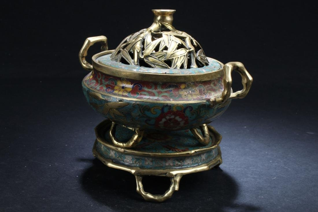A Seated Estate Chinese Tri-podded Cloisonne  Censer - 3