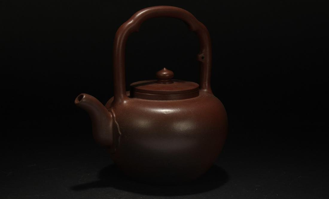 A High-handled Chinese Estate Tea Pot