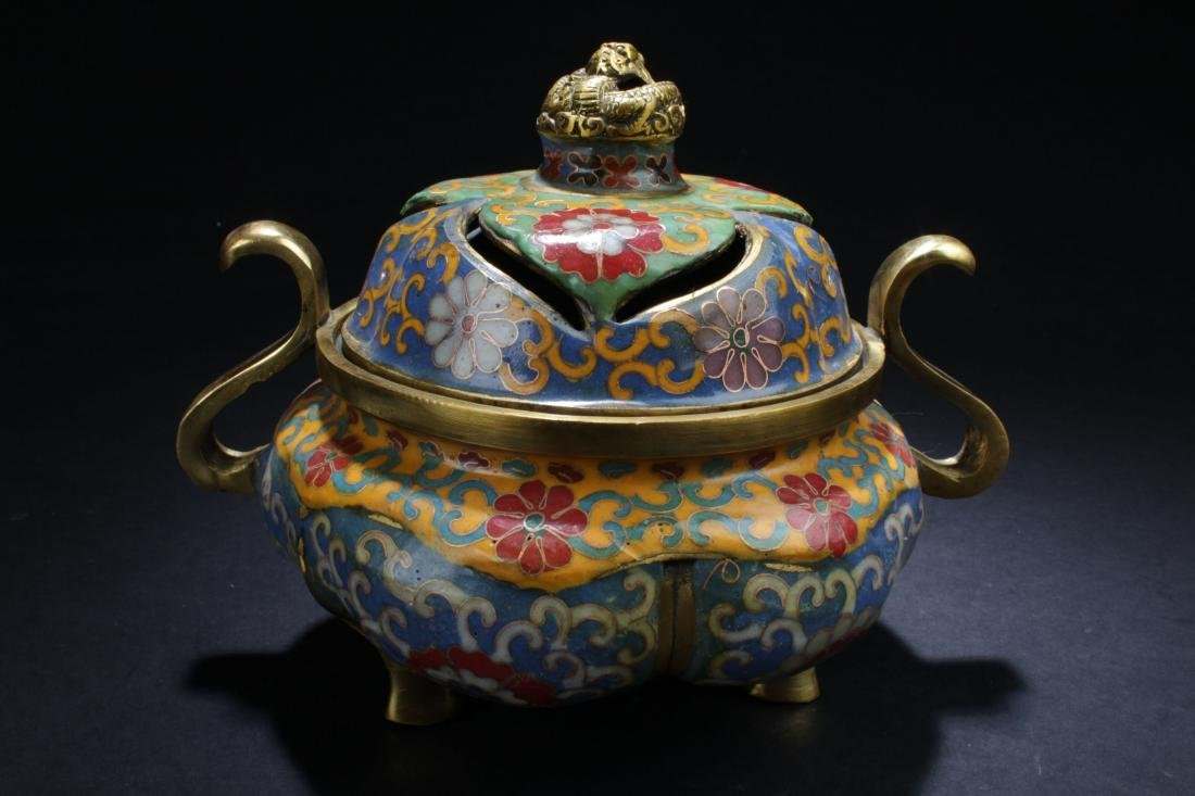 A Lidded Chinese Cloisonne Tri-podded Censer Display
