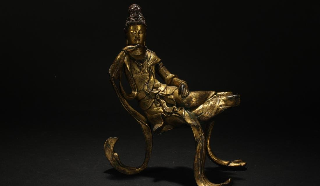 A Chinese Estate Gilt Guanyin Display Statue