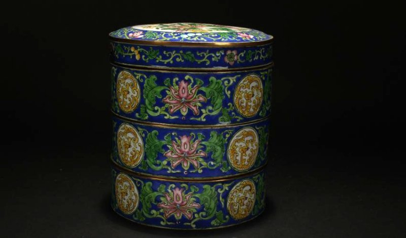 A Chinese Lidded Cloisonne Box Display