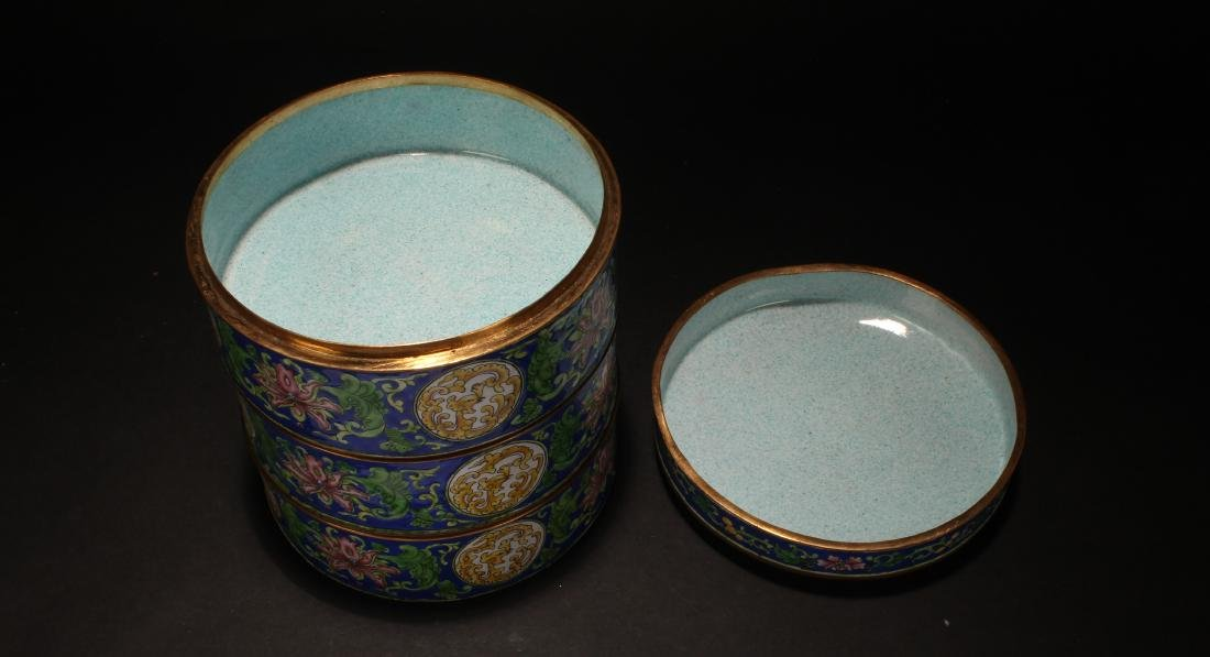A Chinese Lidded Cloisonne Box Display - 6