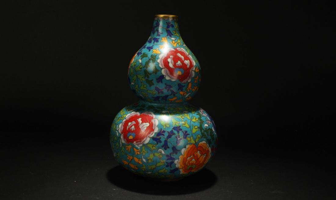 An Estate Chinese Calabash-shape Cloisonne Vase Display