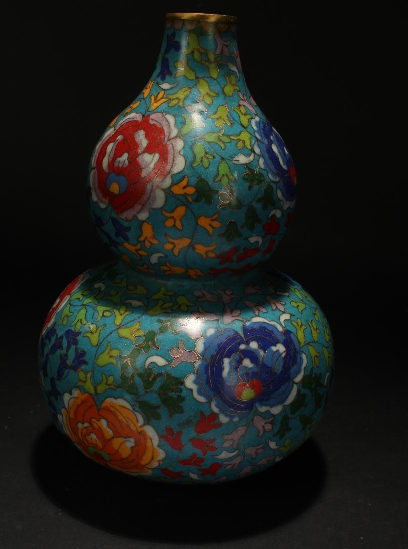 An Estate Chinese Calabash-shape Cloisonne Vase Display - 2