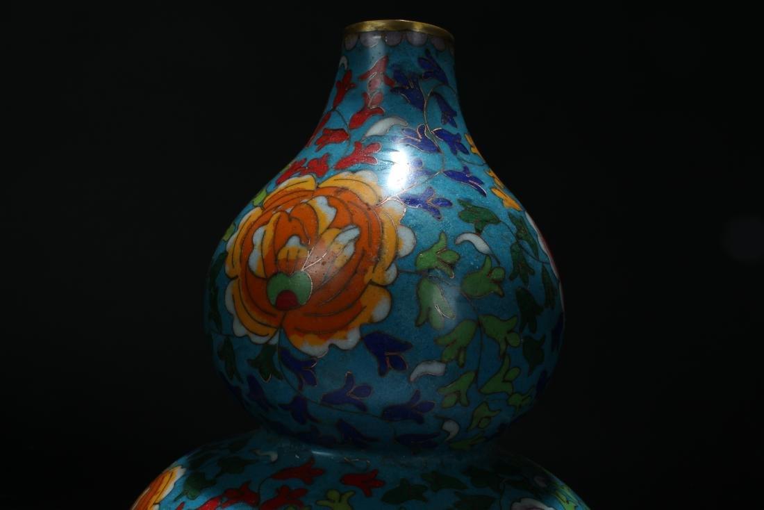 An Estate Chinese Calabash-shape Cloisonne Vase Display - 5