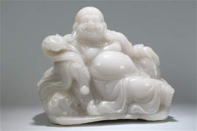 An Estate Chinese Vividly Detailed Massive Jade-curving