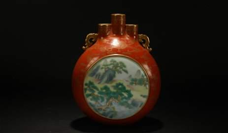 A Chinese Tri-opening Bat-framing Porcelain Display
