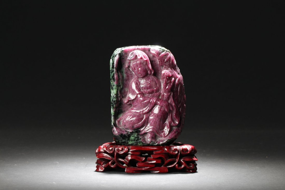 A Ruby Seated Guanyin Display Statue