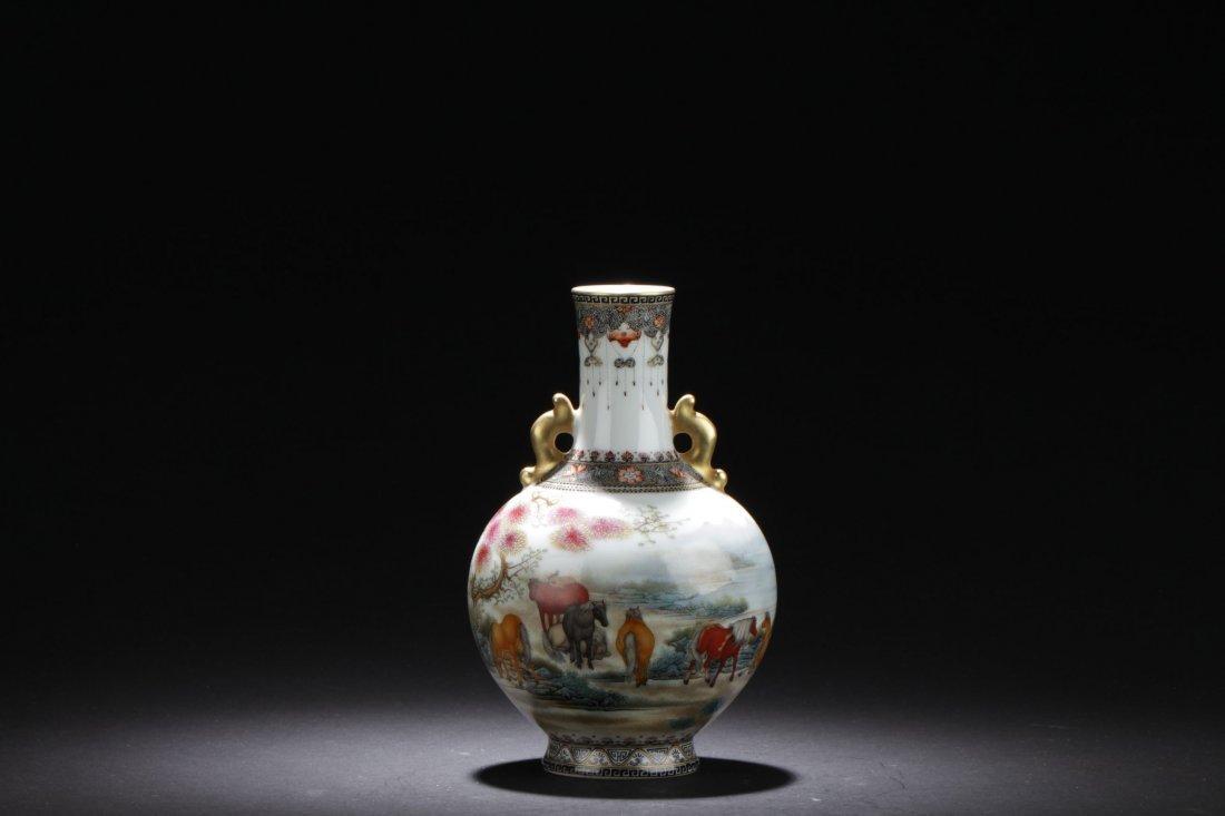 A Detailed Chinese Porcelain Horse Decorating Vase