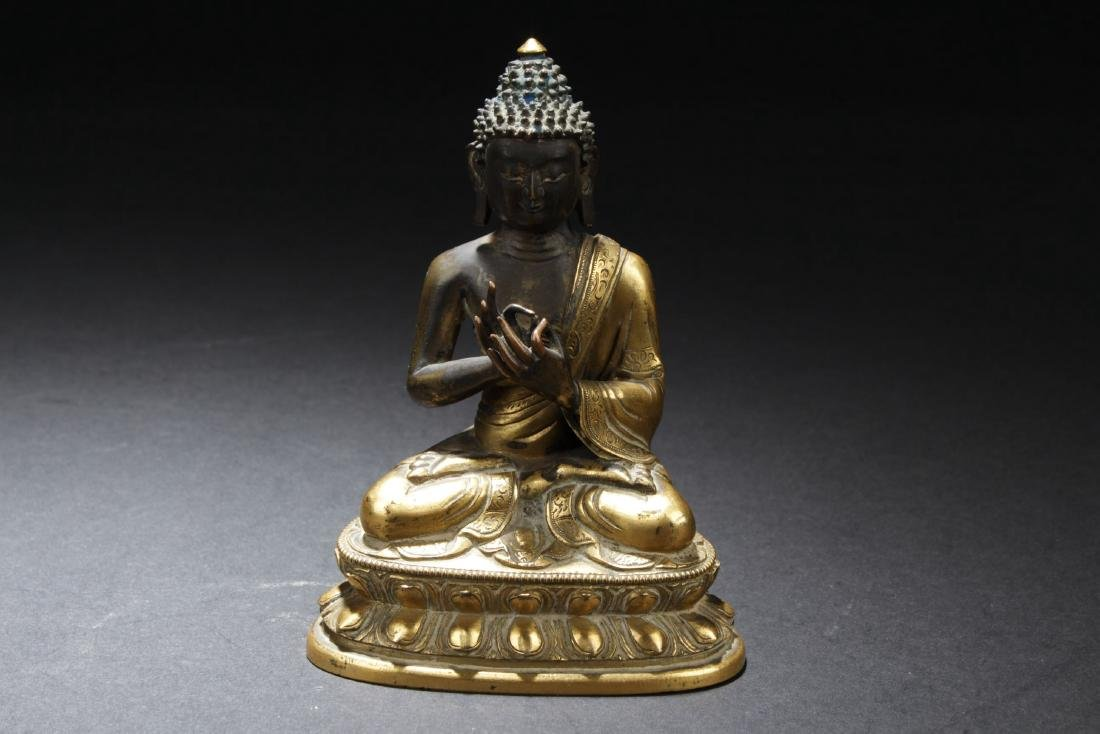Chinese Antique Gilt Bronze Buddha Statue