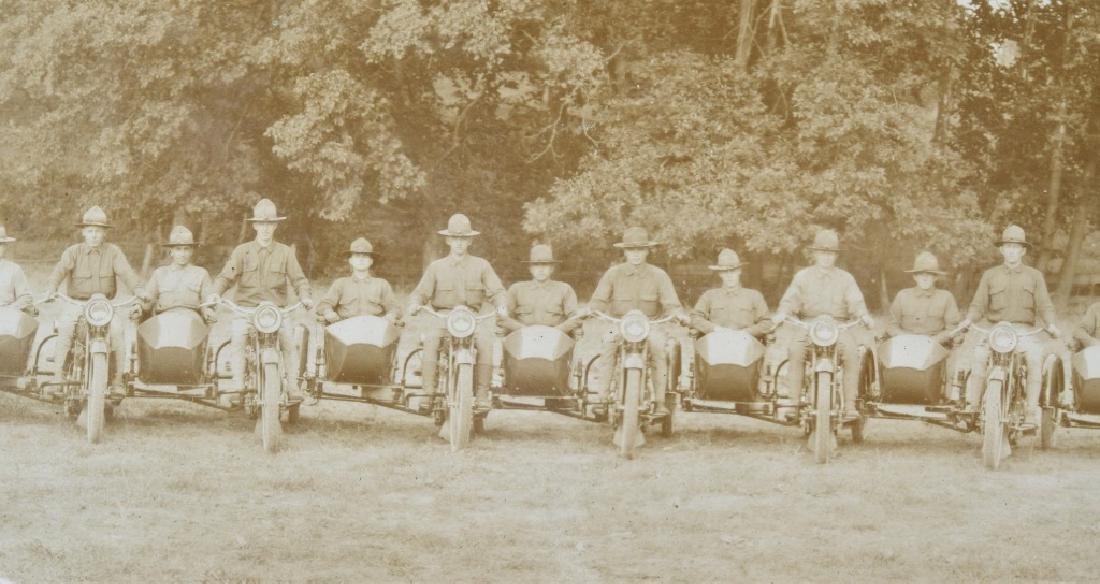 1918 HARLEY DAVIDSON MOTORCYCLE YARD LONG PICTURE - 3
