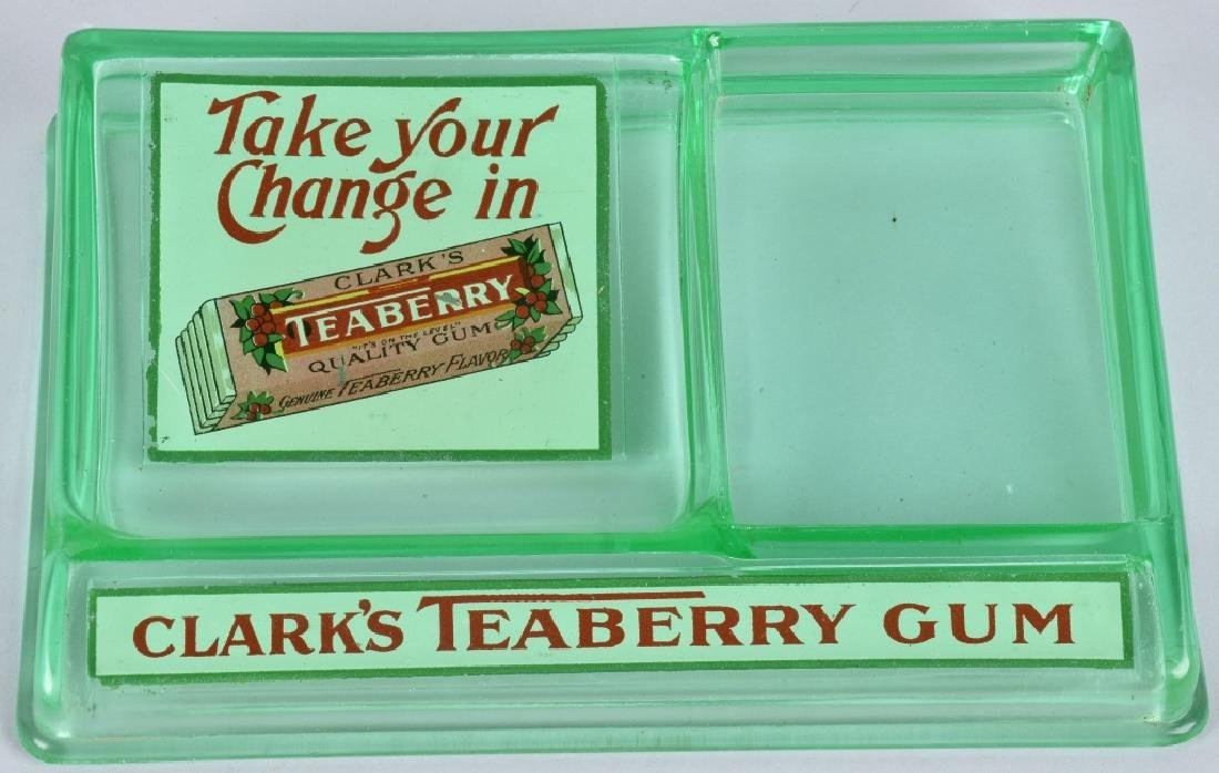 CLARKS TEABERRY GUM ADVERTISING CHANGE TRAY