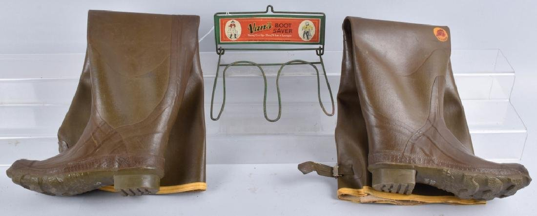 early VANS BOOT SAVER RACK w/ RUBBER BOOTS