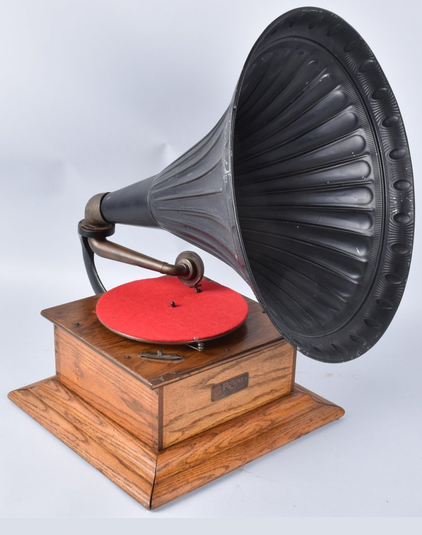 1901 ROYAL TALKING MACHINE w ORNATE EXTERNAL HORN - 4