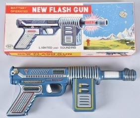 JAPAN Battery Op NEW FLASH SPACE GUN w/ BOX