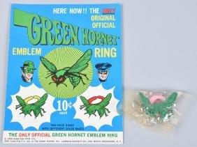 1966 GREEN HORNET RING DISPLAY CARD w/ 2 RINGS