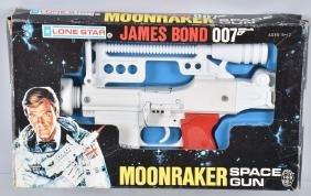 JAMES BOND 007 MOONRAKER SPACE GUN w/ BOX