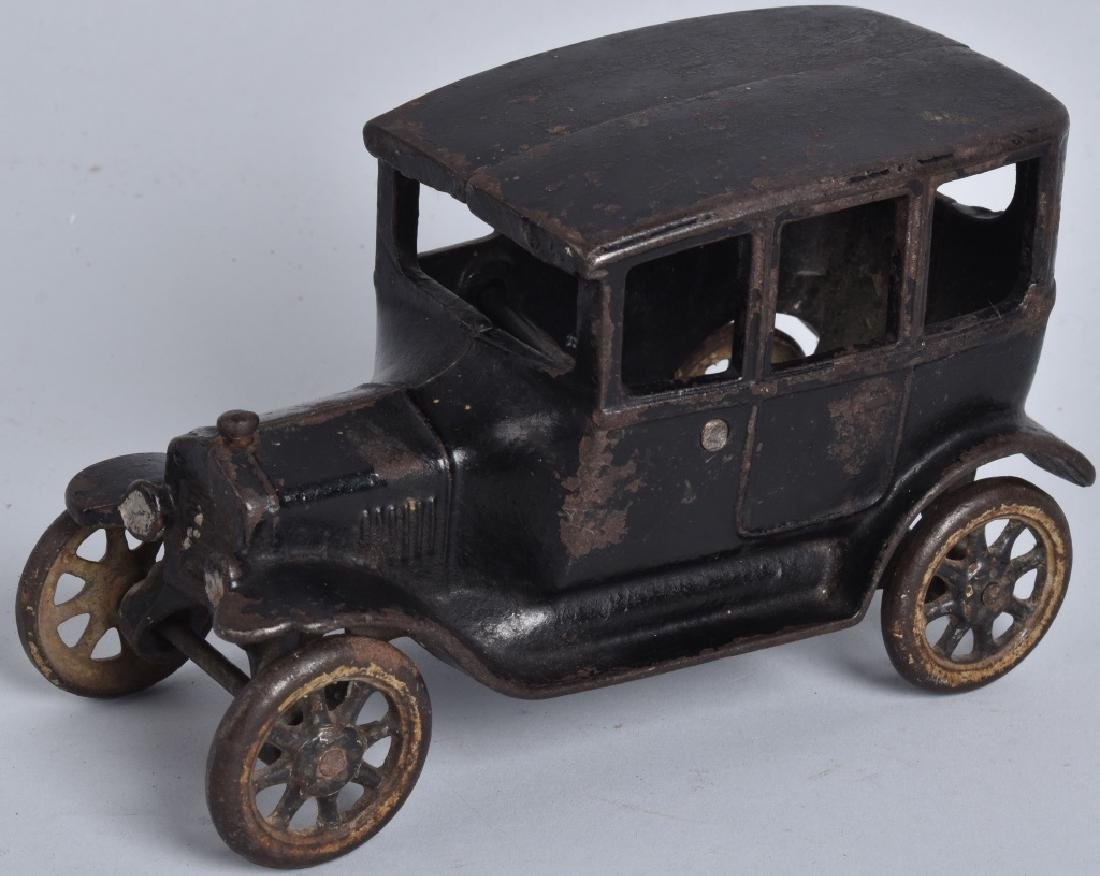 "6 1/2"" ARCADE Cast Iron FORD TUDOR SEDAN"