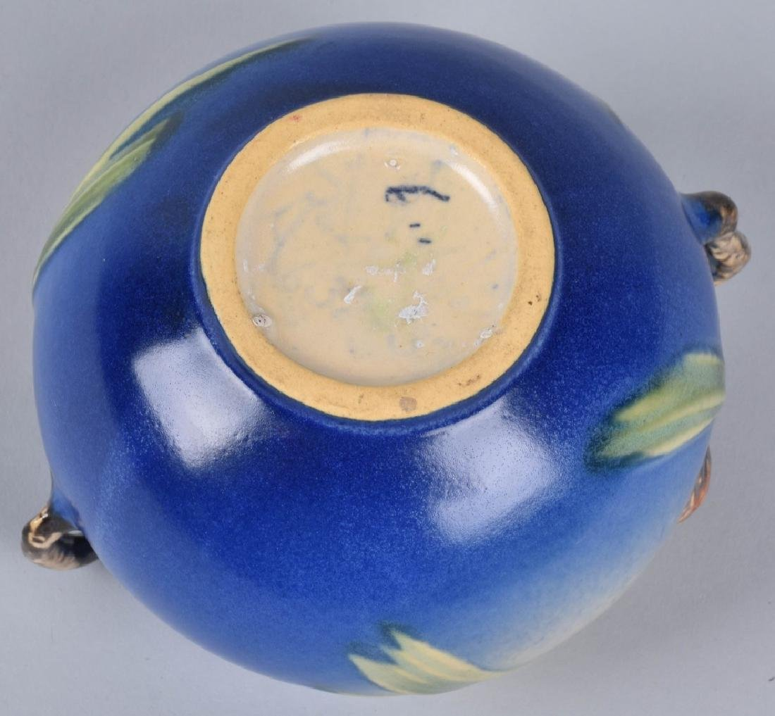 4-ROSEVILLE BLUE PINE CONE POTTERY GROUP - 7
