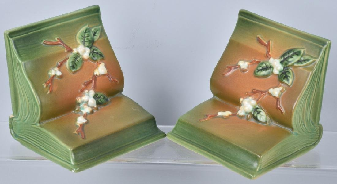 4-ROSEVILLE POTTERY GROUP, BOOKENDS & MORE - 2