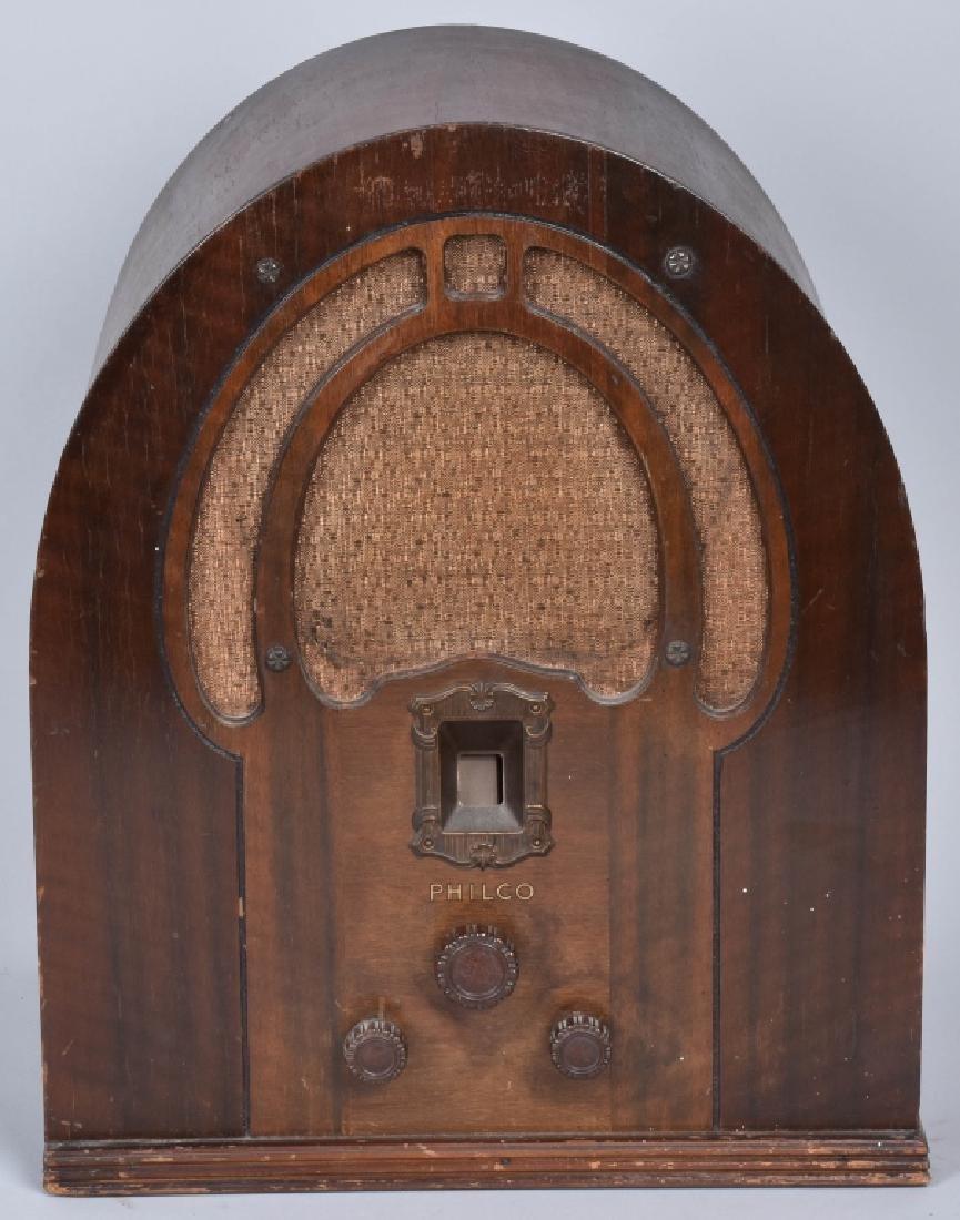 PHILCO TYPE 89 CATHEDRAL RADIO