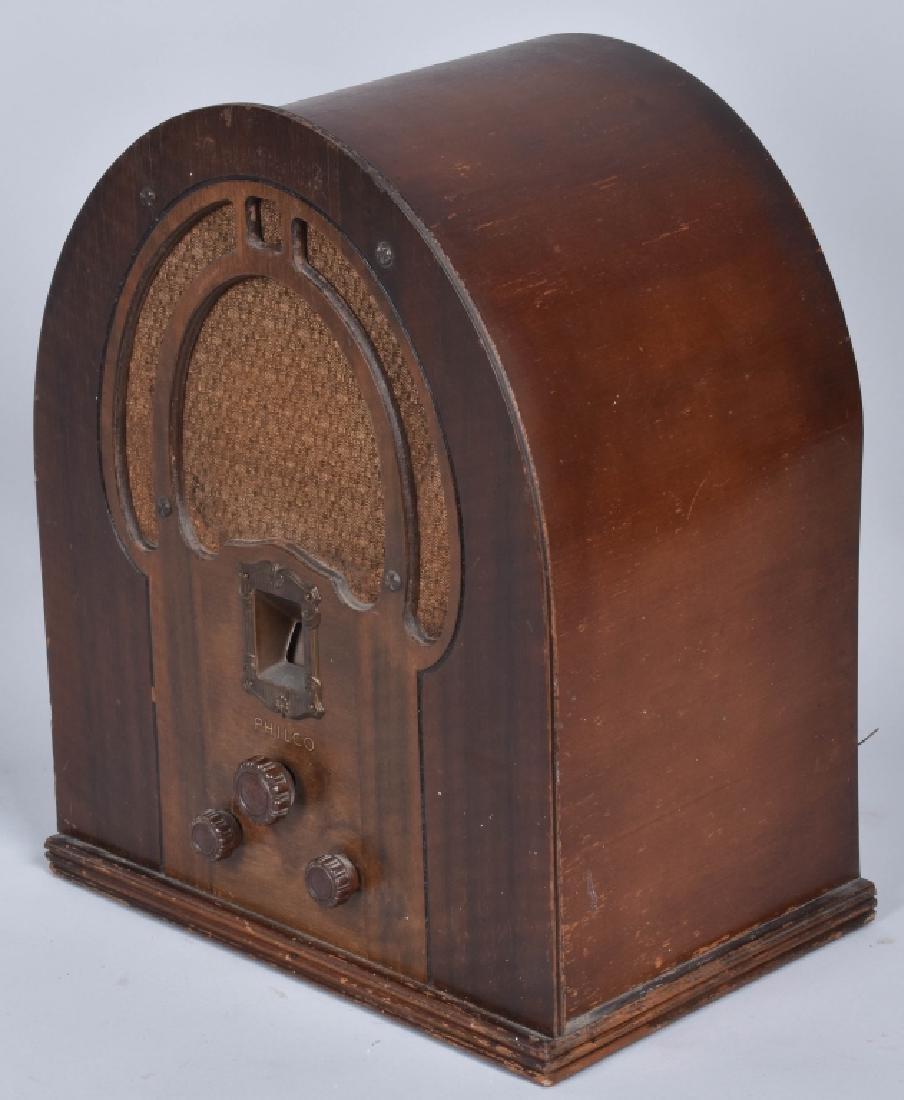PHILCO TYPE 89 CATHEDRAL RADIO - 3