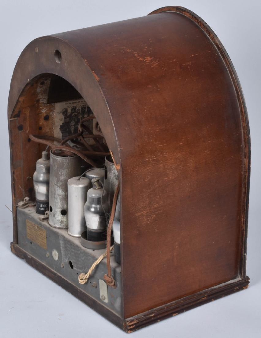 PHILCO TYPE 89 CATHEDRAL RADIO - 4