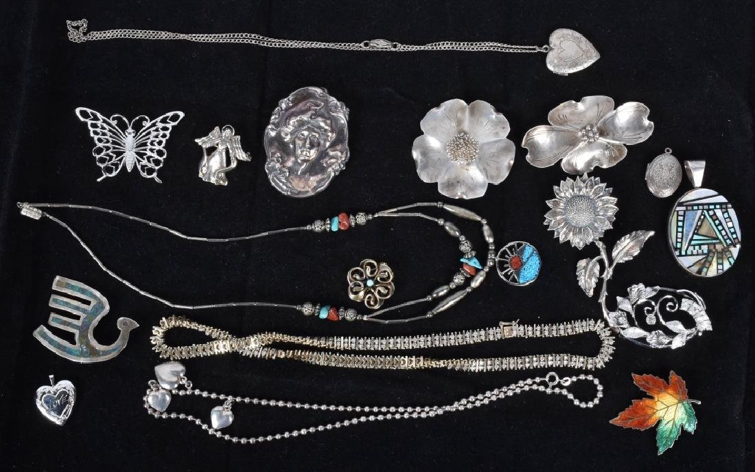 18 STERLING SILVER BROOCHES LOCKETS ETC...