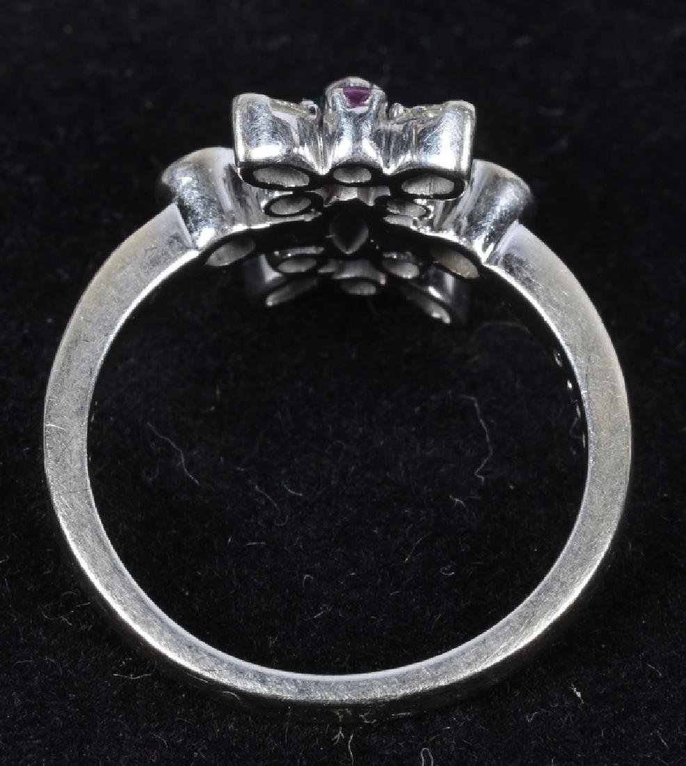 14kt WHITE GOLD STARBURST COLORED DIAMONDS RING - 2