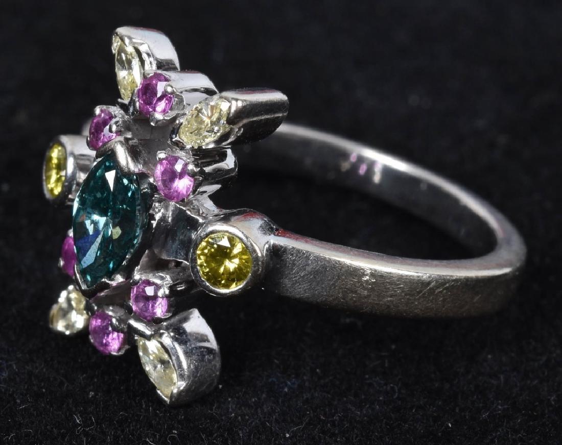 14kt WHITE GOLD STARBURST COLORED DIAMONDS RING - 4