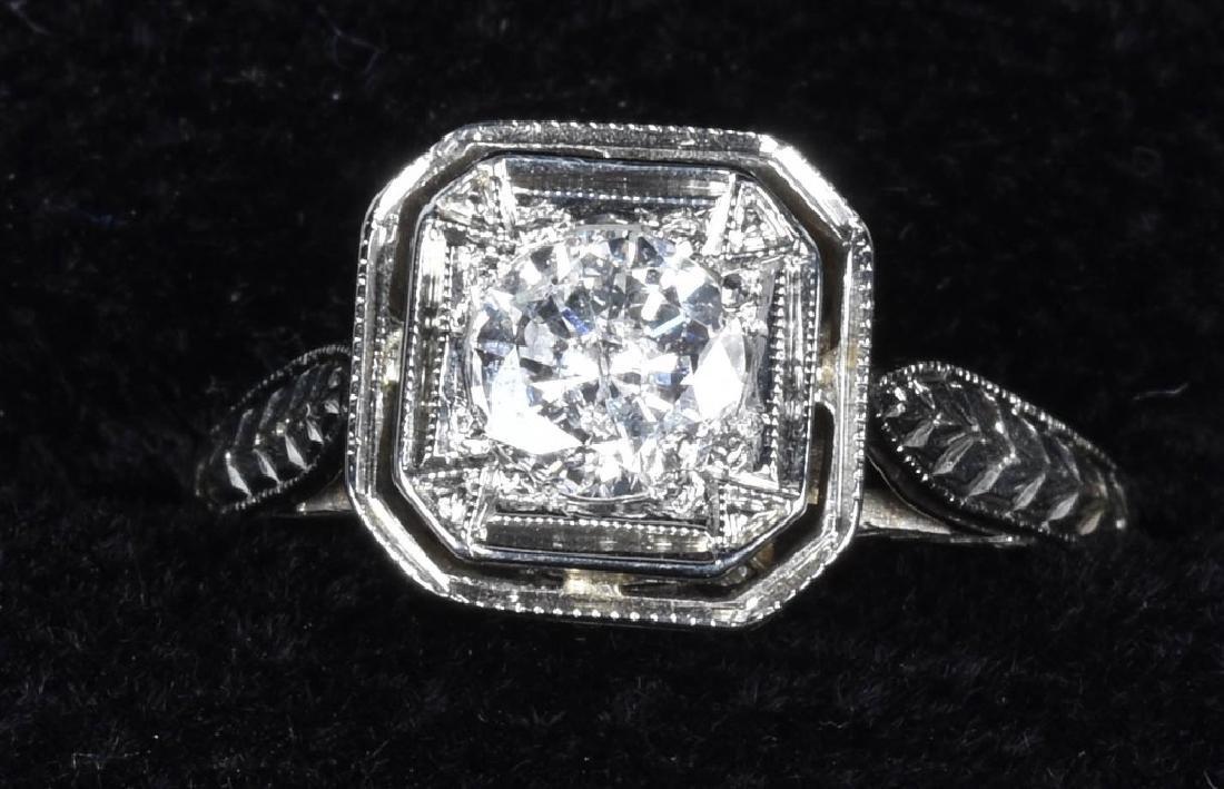ART DECO STYLE 18kt GOLD DIAMOND ENGAGEMENT RING