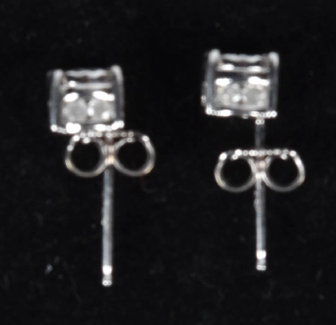 14kt WHITE GOLD 1.1 TCW DIAMOND EARRINGS - 2