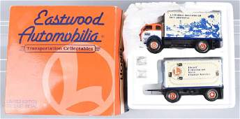 LIONEL EASTWOOD #19-2151 1953 WHITE TRUCK w/ BOX