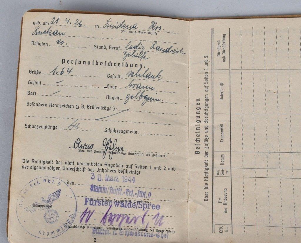 WW2 NAZI GERMAN SOLBUCHS - 3