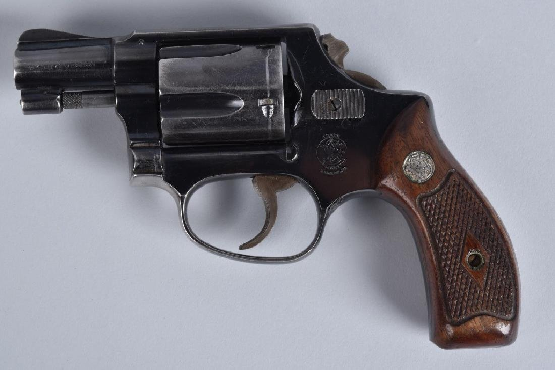 SMITH & WESSON .38 REVOLVER MODEL 38 - 2