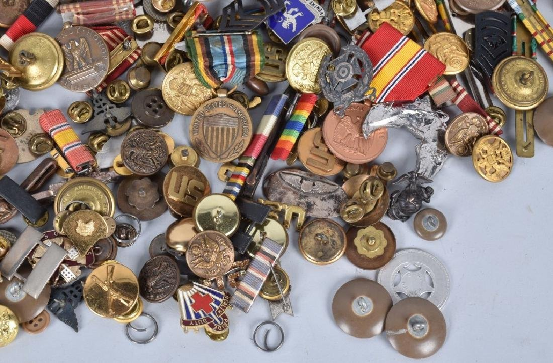 U.S. & FOREIGN MILITARY PINS, BUTTONS AWARDS - 5