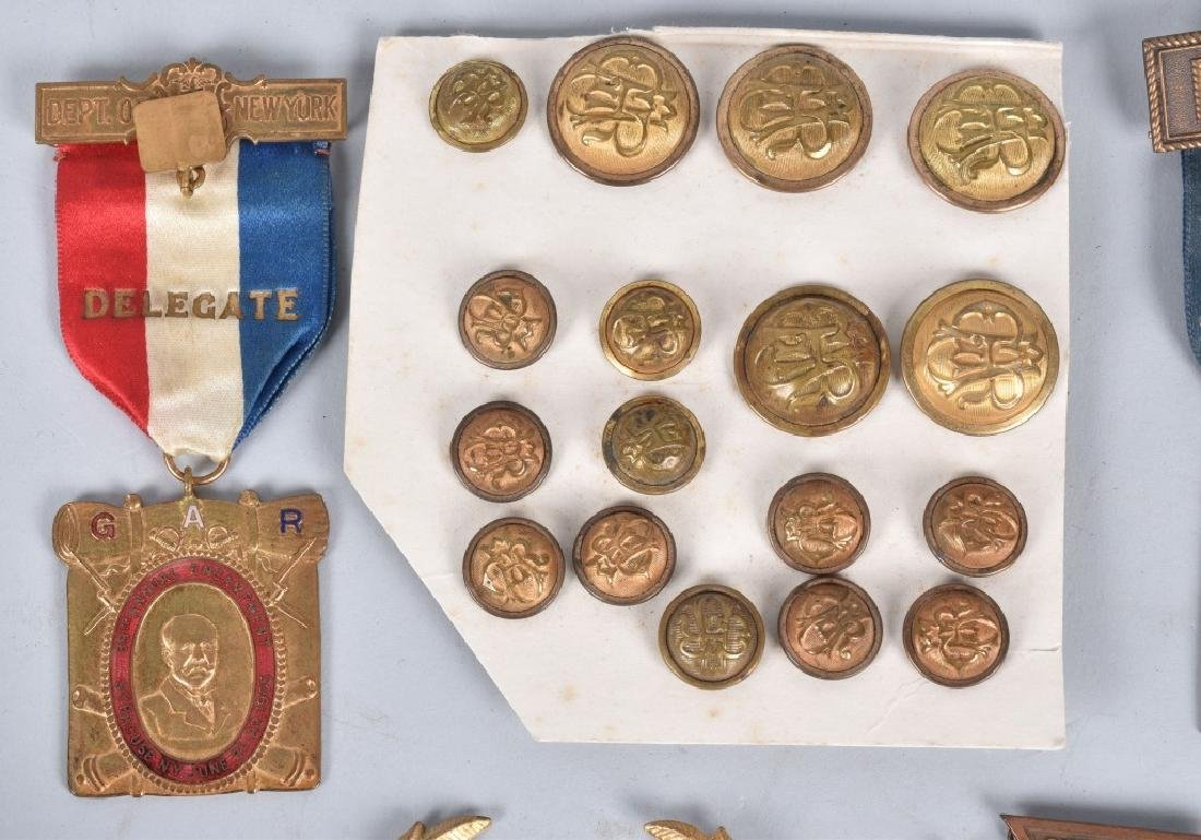 GAR MEDAL and BUTTON GROUPING - 2