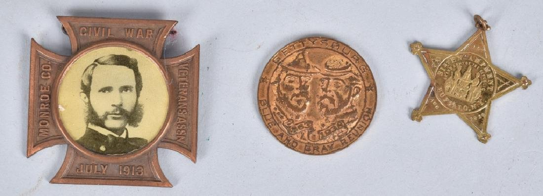 GAR MEDAL and BUTTON GROUPING - 4