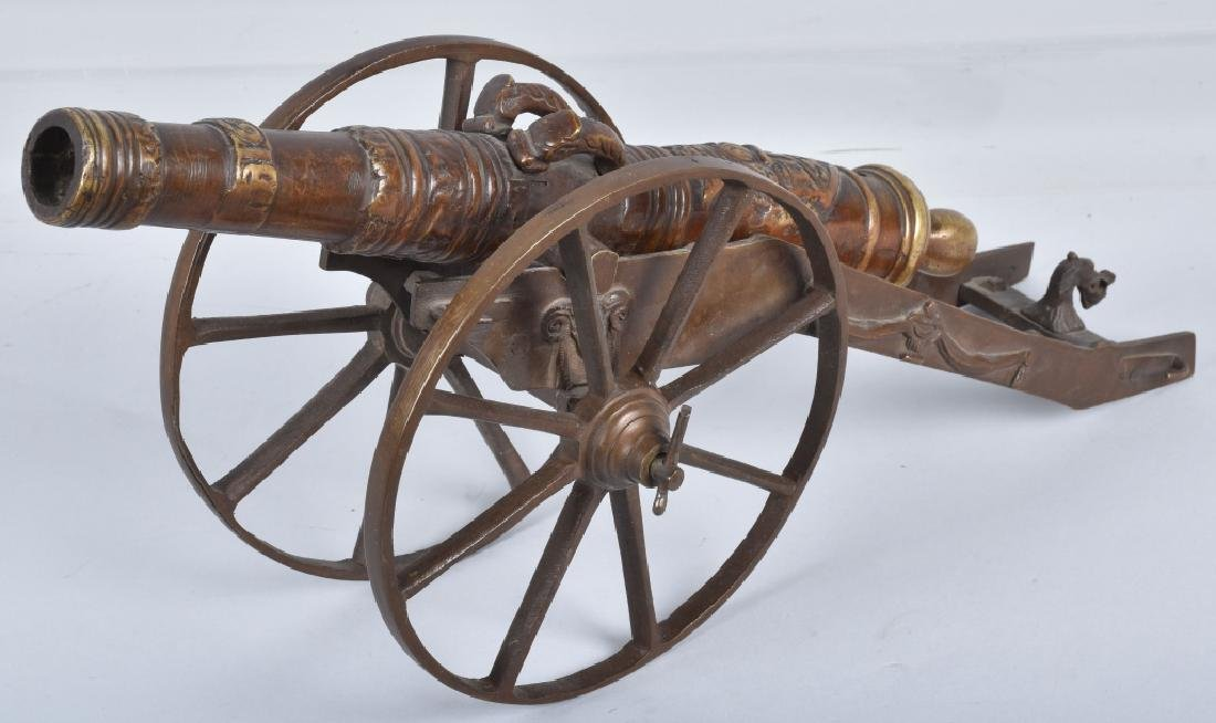 MINIATURE BRASS CANNON & CARRIAGE