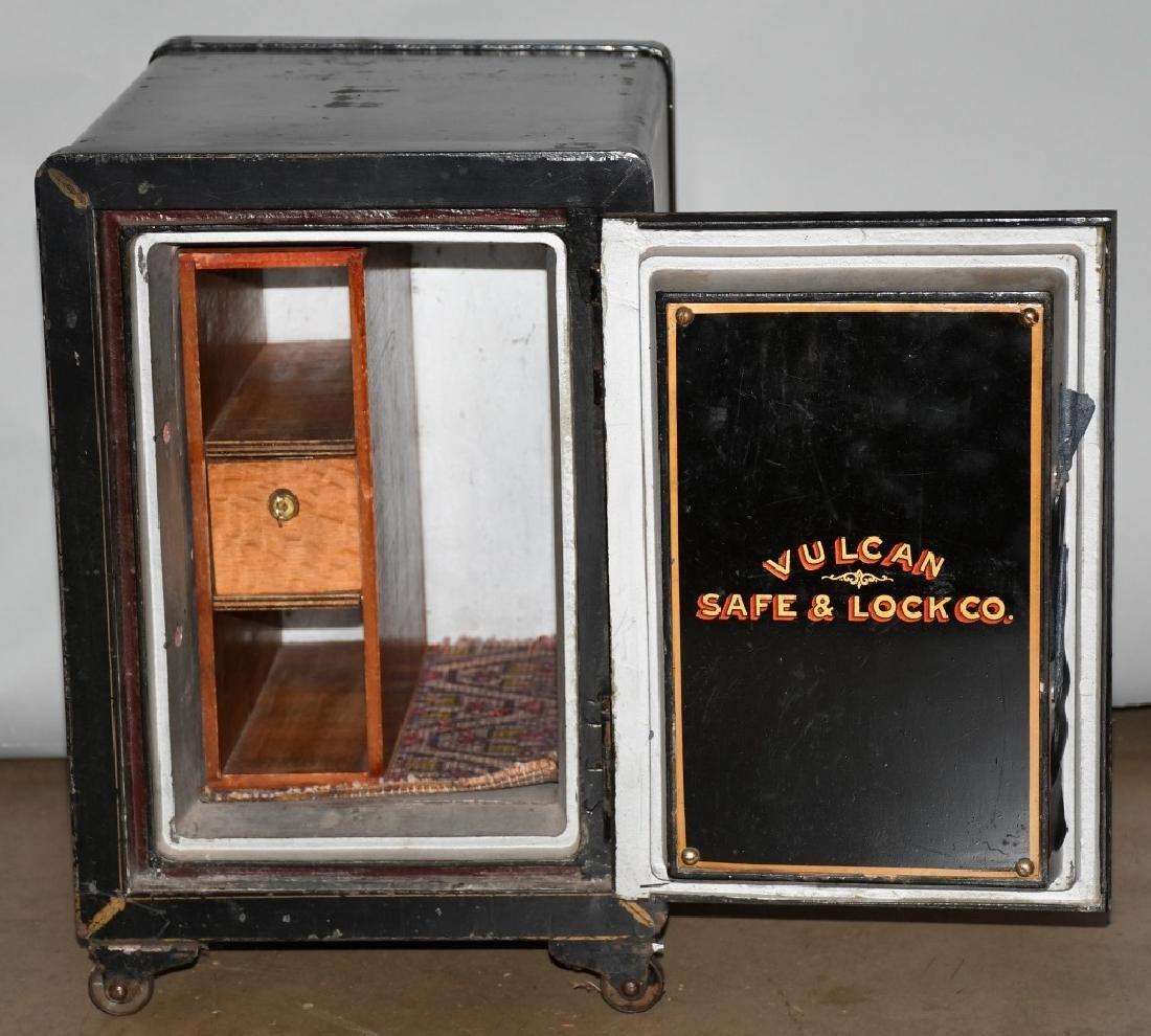 VULCAN SAFE & LOCK CO. VAULT SAFE - 3