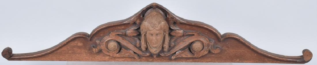 CARVED WOOD TOPPER w/ FACE