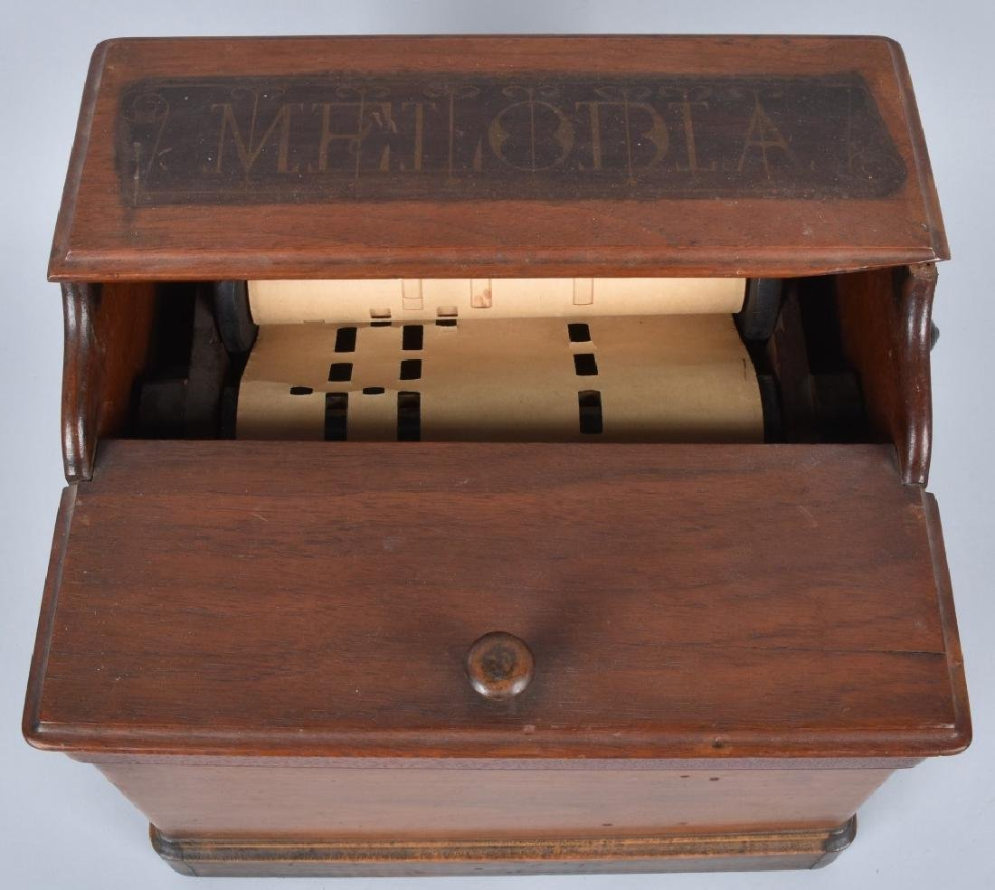 VINTAGE MELODIA PAPER ROLL MUSIC BOX - 2