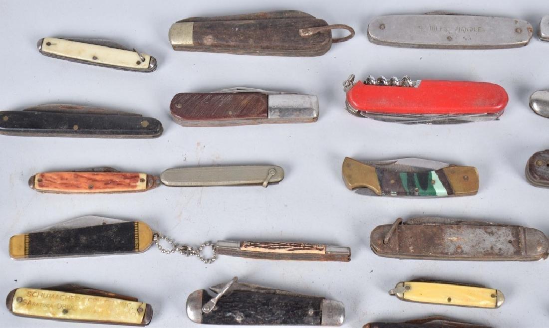 40-POCKET KNIVES - 2
