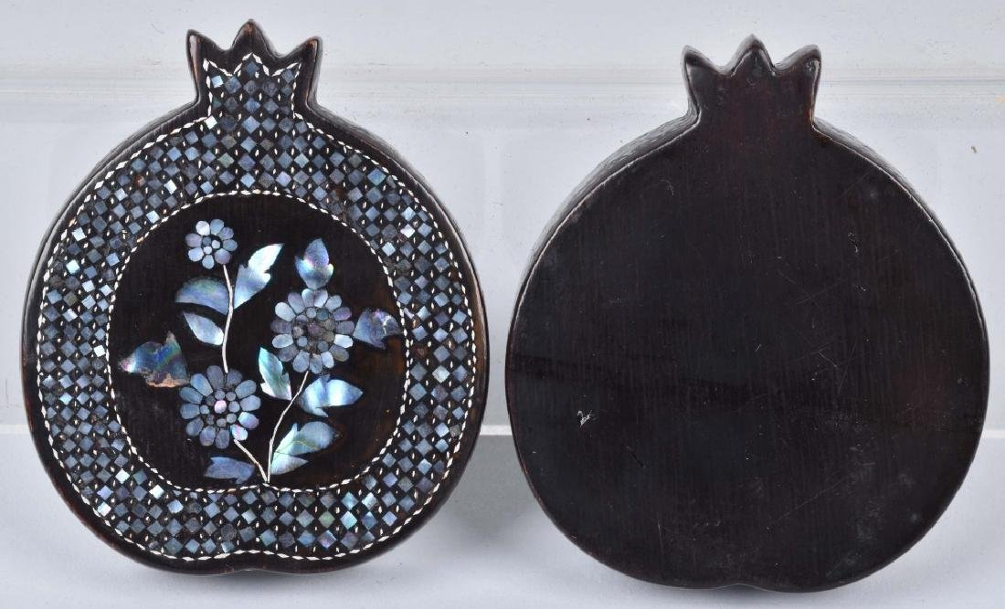 CHINESE BLACK LACQUERED BOX WITH SHELL INLAYS - 6