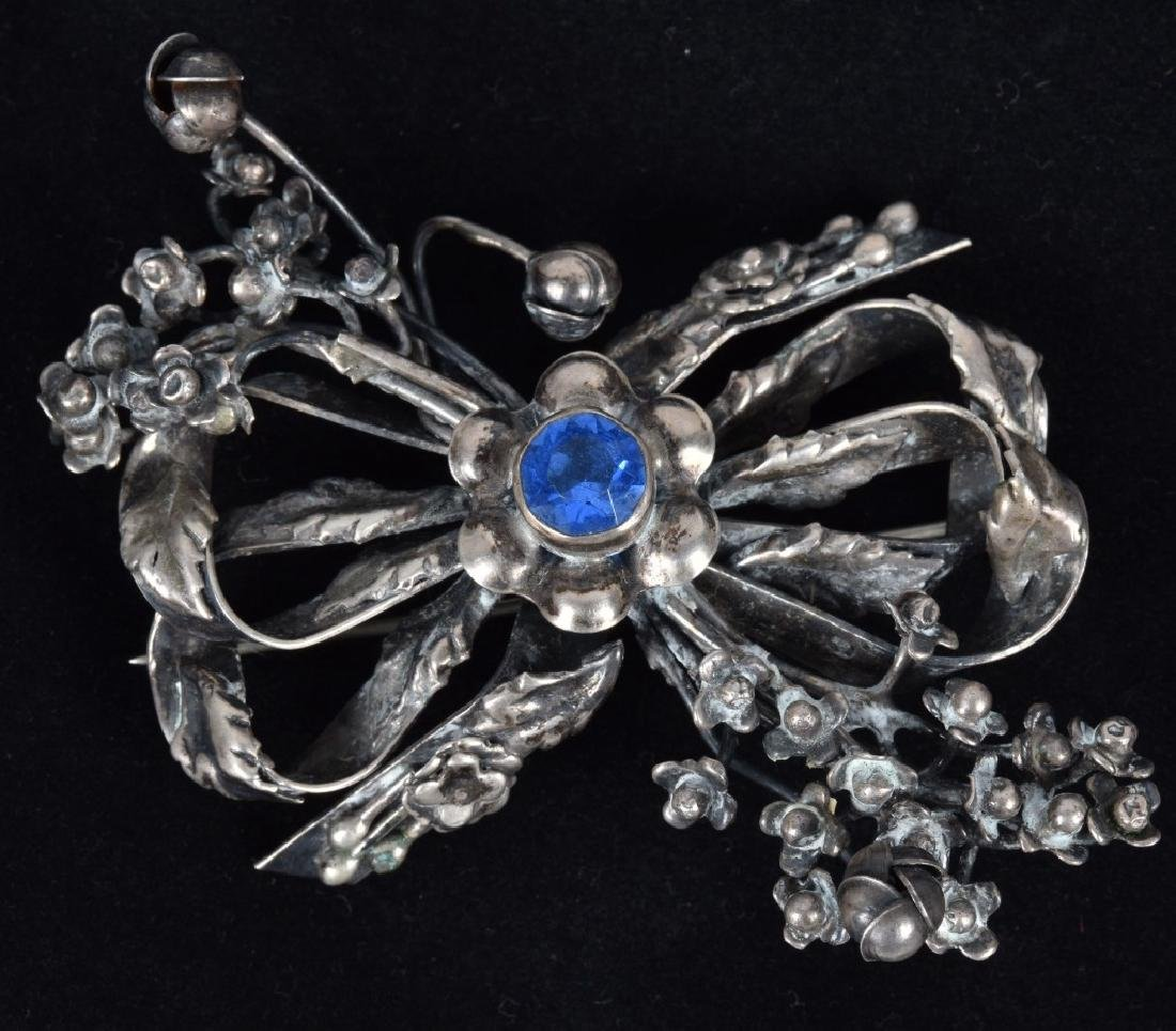 LOT of PINS & BROOCHES, SILVER and MORE - 2