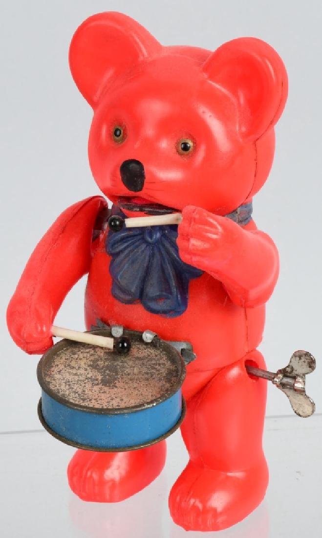 1930'S JAPAN CELLULOID WINDUP BEAR DRUMMER