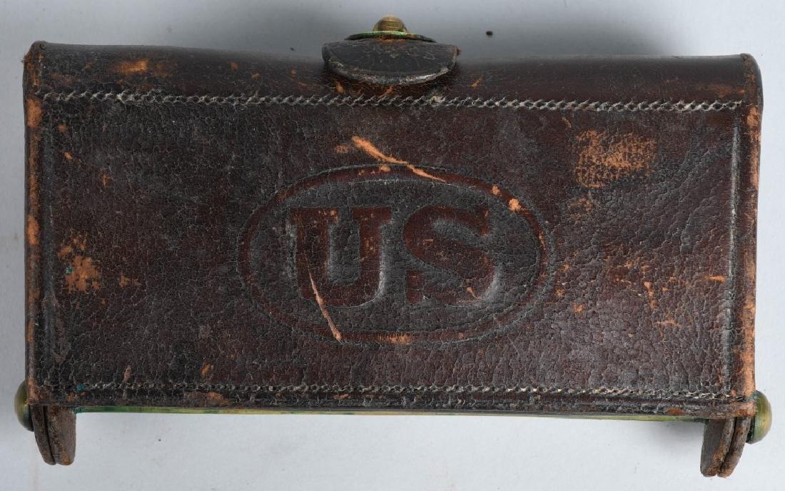INDIAN WAR CARTRIDGE BOX WITH CARTRIDGES