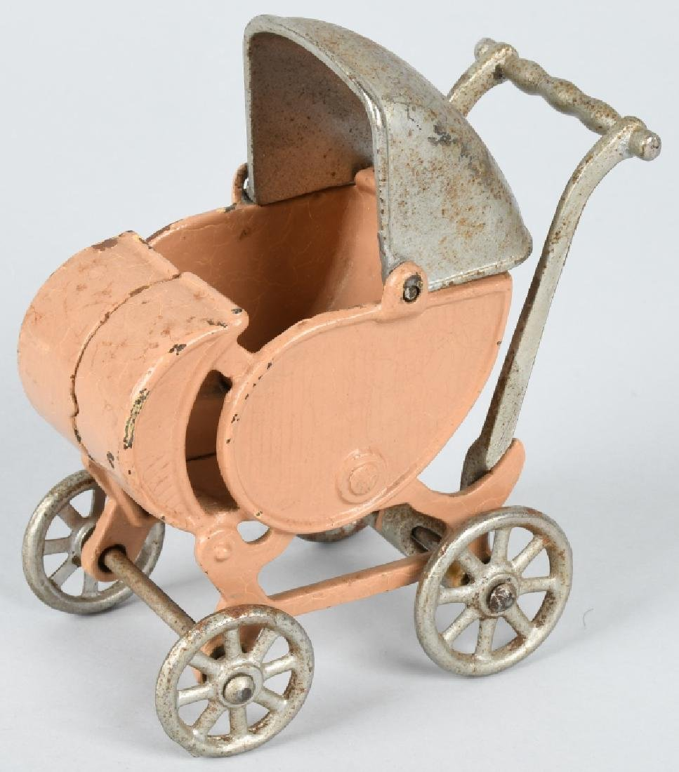 KILGORE 1930'S CAST IRON LARGE SIZE BABY CARRIAGE