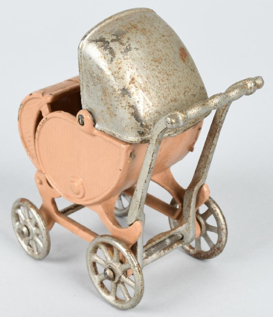 KILGORE 1930'S CAST IRON LARGE SIZE BABY CARRIAGE - 2