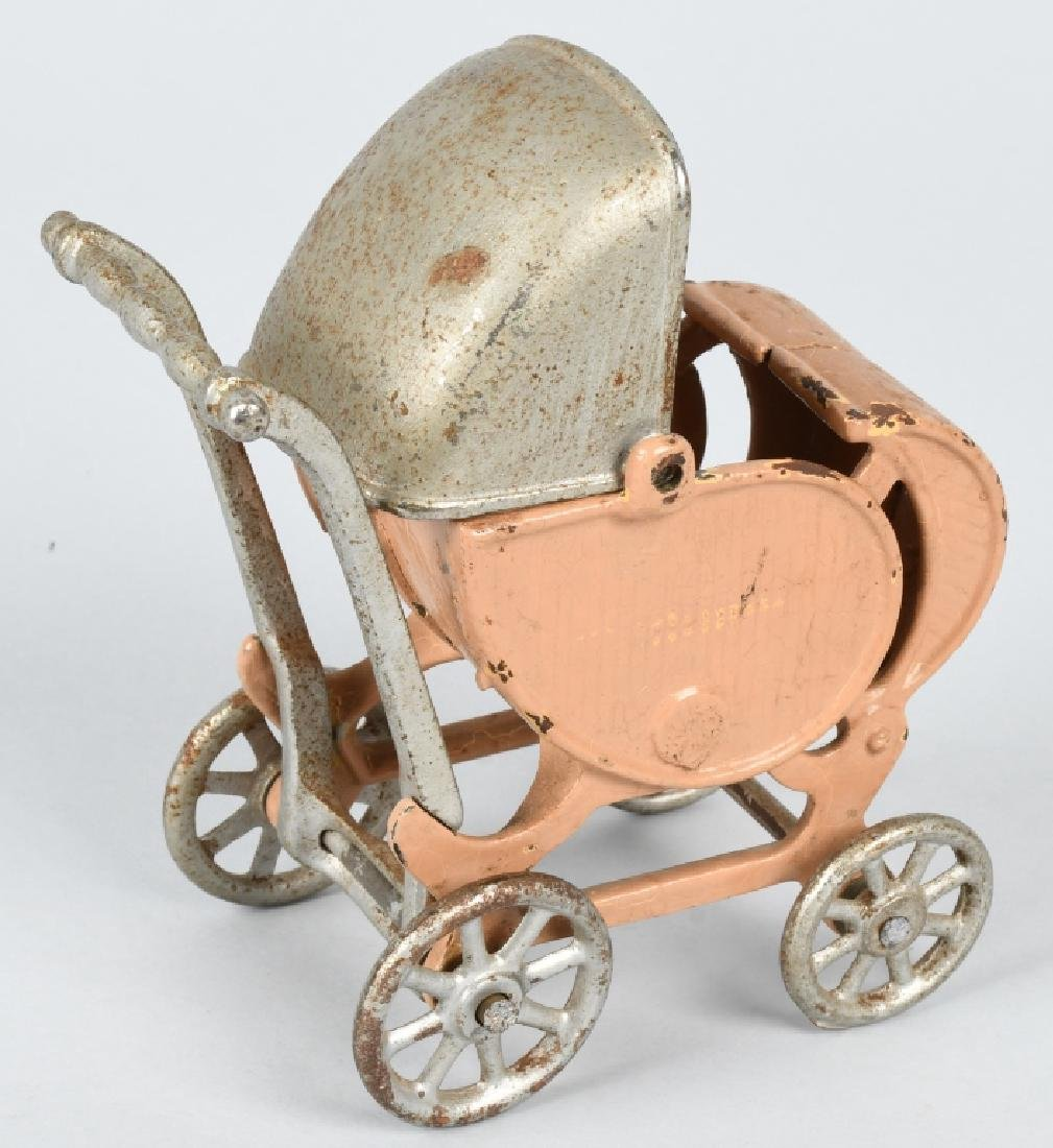KILGORE 1930'S CAST IRON LARGE SIZE BABY CARRIAGE - 3